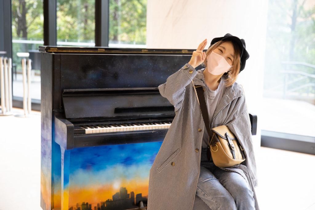 ピアニストハラミ 【ハラミちゃん】のピアノ歴がスゴイ!学歴やこれまでの経歴を紹介